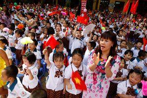 Hà Nội: Đề xuất 2 giáo viên/ lớp