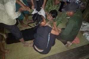 Sét đánh xuống ruộng khiến 2 người thương vong