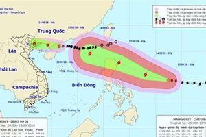 Siêu bão Mangkhut đang di chuyển vào khu vực Biển Đông