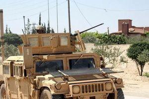 Lính thủy đánh bộ Mỹ tập trận chung với lực lượng nổi dậy ở Syria