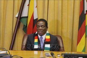 Mỹ chưa dỡ bỏ các lệnh trừng phạt Zimbabwe