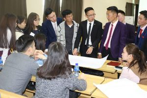 Giới trẻ Mông Cổ với gánh nặng tham nhũng