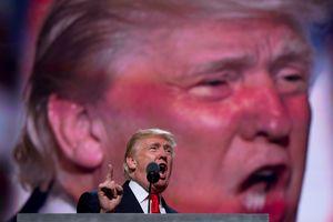 Donald Trump 'tấn công khắp mặt trận', doanh nghiệp Trung Quốc đua nhau tìm đường di tản