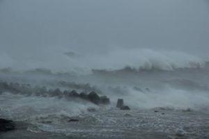Trưa mai 15/9, siêu bão Mangkhut giật trên cấp 17 sẽ vào biển Đông