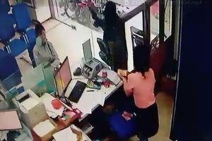 Hơn 2 phút, gã đàn ông cướp ngân hàng ở Tiền Giang gần 1 tỷ đồng