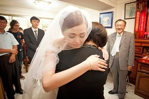 Khi kết hôn 10 năm đầu nhìn mẹ chồng, 10 năm sau xem nàng dâu