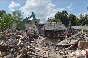 Thêm một trận động đất gần 7 độ Richter làm rung chuyển Indonesia