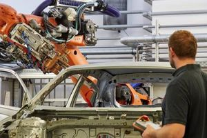 Volkswagen sản xuất hàng loạt phụ tùng bằng máy in 3D