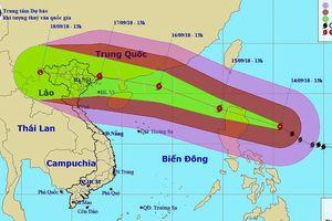 Siêu bão Mangkhut cách đảo Luzon 360km, hướng về biên giới Việt-Trung