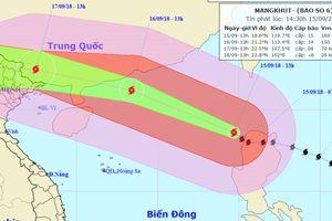 Bão Mangkhut vào Biển Đông với sức gió hơn 180 km/h