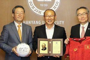 Thành công với bóng đá Việt Nam, HLV Park Hang-seo được vinh danh ở quê nhà