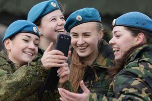 Nga dự thảo luật cấm quân nhân chia sẻ thông tin lên mạng