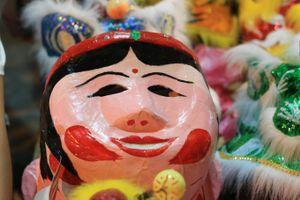 Nghệ nhân nổi tiếng làm mặt nạ giấy bồi kể câu chuyện ít biết 'Đằng sau chiếc mặt nạ'
