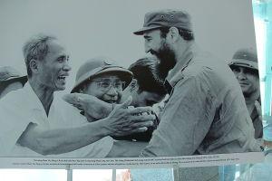 Kỷ niệm 45 năm lãnh tụ Cuba Fidel Castro đến thăm vùng đất lửa Quảng Trị