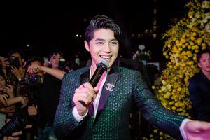 Noo Phước Thịnh toát mồ hôi vì sự cuồng nhiệt của fan Hà Nội