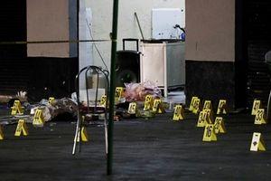 Tay súng ăn mặc như nhạc công bắn chết 3 người ở Mexico
