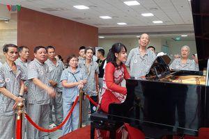 Bệnh viện công lập đầu tiên ở Hà Nội mang âm nhạc đến từng bệnh nhân
