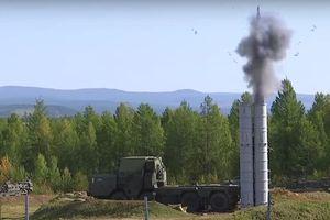 Cận cảnh S-300 khai hỏa tại cuộc tập trận Vostok-2018