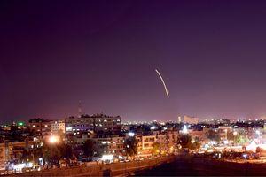 Phòng không Syria đánh chặn tên lửa Israel gần sân bay Damascus