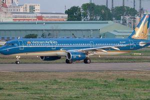 Hàng loạt chuyến bay phải hoãn, hủy do bão Mangkhut