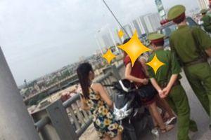 Hà Nội: Cô gái trẻ định nhảy cầu Vĩnh Tuy được cảnh sát kịp thời cứu giúp