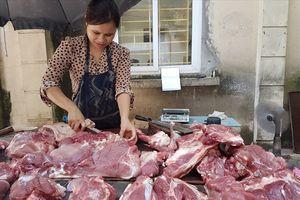 Dịch tả lợn Châu Phi chưa vào, trang trại đã 'ghim hàng', giá thịt lợn 'phi mã'