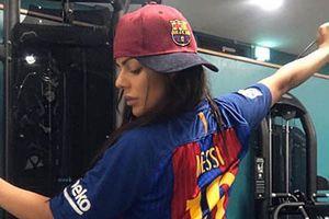 Messi 'tha thứ' cho người đẹp siêu vòng 3