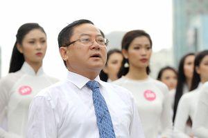 Chung kết Hoa hậu Việt Nam: Chờ đợi cái kết đẹp của đêm Ánh sáng
