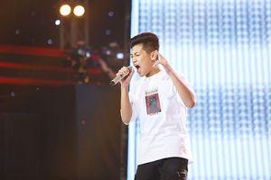 'Bản sao nhí' của Erik khiến 6 HLV The Voice Kids tranh giành gay cấn