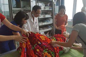 Vụ tai nạn khiến 13 người chết: Chuyên gia của BV Việt Đức lên Lai Châu hỗ trợ
