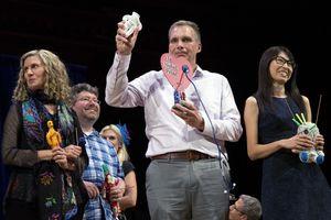 Chết cười nhưng đáng suy ngẫm với Giải Ig Nobel 2018
