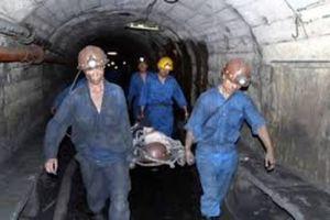 Trượt chân lúc chọc tắc than, một công nhân tử vong