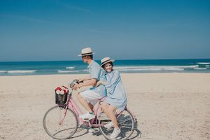 Cuộc đối thoại của cặp vợ chồng trên đường khiến nhiều người phải suy ngẫm