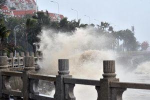Mangkhut đang hoành hành dữ dội tại miền nam Trung Quốc