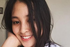 Tân Hoa hậu Trần Tiểu Vy được trao học bổng gần 500 triệu đồng