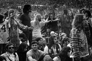 Nhìn lại các lễ hội âm nhạc thảm họa, gây chết người trên thế giới