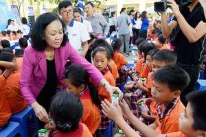 66.000 ly sữa đến với học sinh Vĩnh Phúc nhân dịp Tết Trung thu 2018