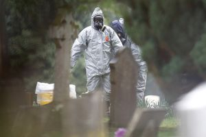 2 người ngã bệnh ở nơi cựu điệp viên Nga bị đầu độc