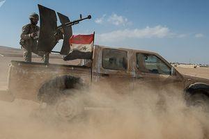 Quân đội Syria tấn công 'thần tốc' ngay sát nách căn cứ quân sự Mỹ