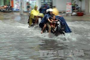 Bão số 6 suy yếu thành áp thấp nhiệt đới và gây mưa to ở Bắc Bộ