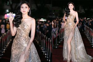 Á hậu Thanh Tú mặc váy xẻ cao ngút ngời trên sóng truyền hình khiến khán giả 'thót tim'