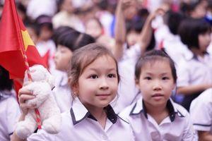 Đồng phục học sinh - 'đồng khổ' của nhiều phụ huynhBài 1: Nỗi lo mang tên đồng phục