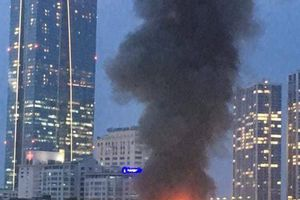 Cháy lớn lan sát, Bệnh viện Nhi Trung ương sơ tán hàng trăm bệnh nhân đang hoảng loạn