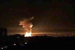 Phòng không Syria 'vất vả' đối đầu với cuộc tấn công tên lửa quy mô lớn