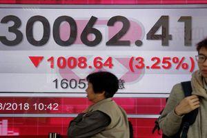Chứng khoán châu Á đi xuống sau khi Mỹ áp gói thuế mới với hàng hóa Trung Quốc