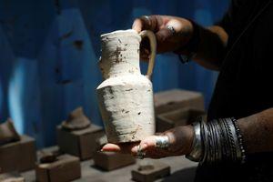 Khai quật nhà máy gốm, khu giải trí, nhiều bể bơi từ 2.000 năm trước