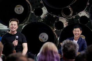 SpaceX chọn tỷ phú Nhật Bản cho chuyến du lịch vòng quanh mặt trăng đầu tiên