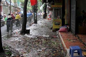 10 căn nhà chìm trong biển lửa ở Hà Nội: Bất lực nhìn giấy tờ, tài sản bị thiêu rụi
