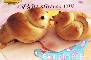 Mẹ Vũng Tàu cho con trải nghiệm cuộc sống qua từng món bánh, bé vừa háo hức vừa ăn không biết chán là gì