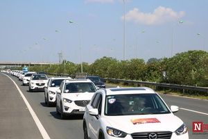 Dàn xe Mazda trăm chiếc tụ hội về miền 'nắng Sơn Tây, mây Ba Vì'
